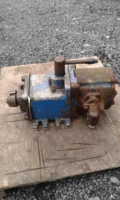 Spencer Carter pump and clutch unit - picture 1